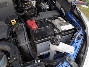 Toyota HiLux 2016 двигатель