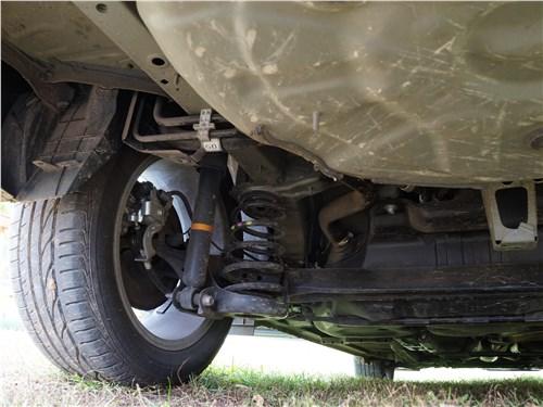 Toyota Corolla 2017 задняя подвеска