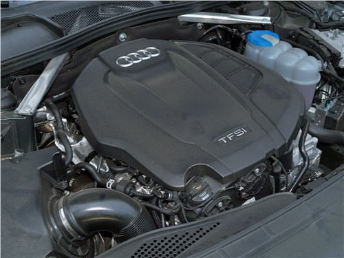 Audi A4 allroad quattro 2016 моторный отсек