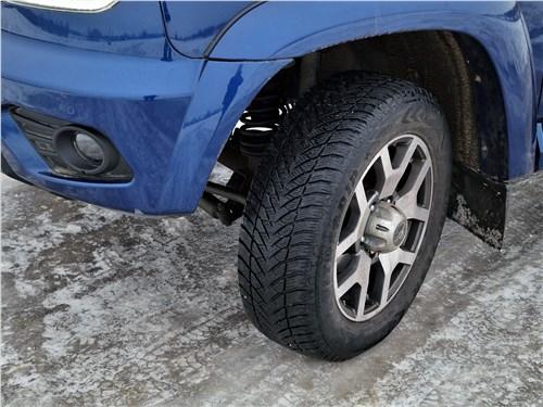 UAZ Patriot 2019 переднее колесо