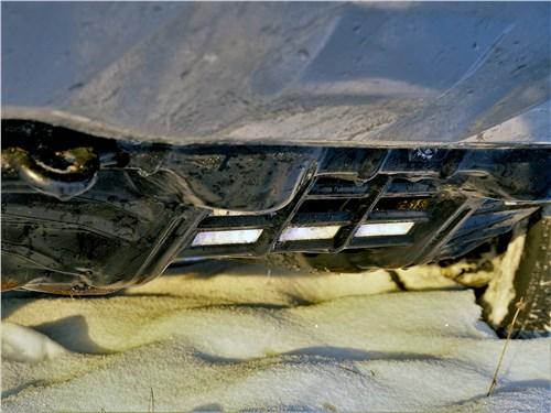 Toyota Hilux (2021) защита моторного отсека