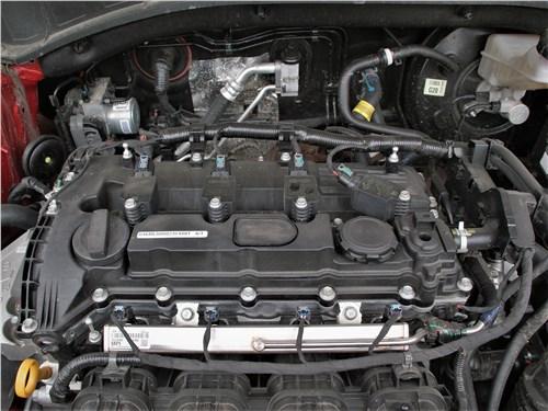 Kia Sorento (2021) моторный отсек