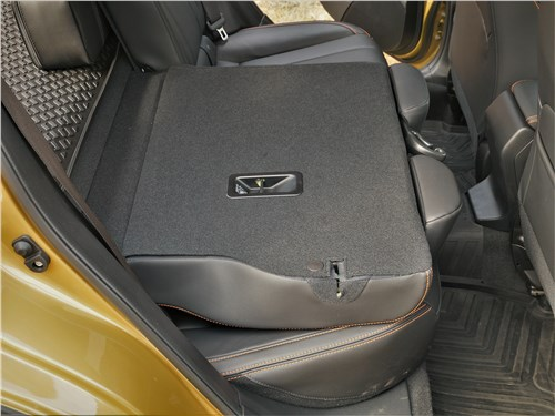 Subaru XV (2022) задний диван