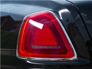 Rolls-Royce Ghost EWB 2013 задний фонарь