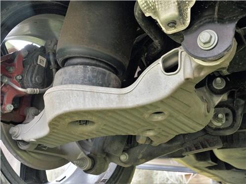 Land Rover Defender 90 (2020) задняя подвеска