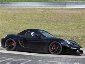 Обновленный Porsche Boxster проходит тесты в Нюрбургринге
