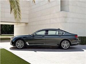 Мечты сбываются (Audi A8,BMW 7 Series,Jaguar XJ,Lexus LS,Mercedes-Benz S-Klasse,Volkswagen Phaeton) 7 series - BMW 7-Series 2016 вид сбоку