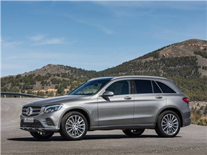 Вечная битва GLC - Mercedes-Benz GLC 2016 вид сбоку