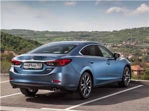 Психотип личности 6 - Mazda 6 2016 вид сзади