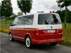 Предпросмотр volkswagen multivan 2015 вид сзади