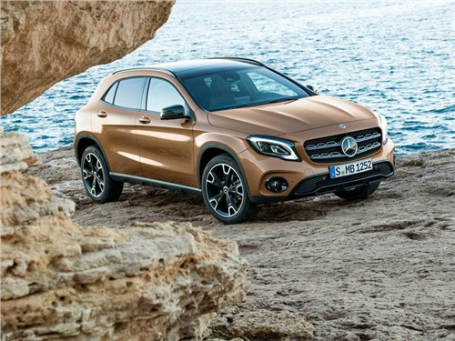 Новость про Mercedes-Benz GLA-Class - Mercedes-Benz обновил кроссовер GLA