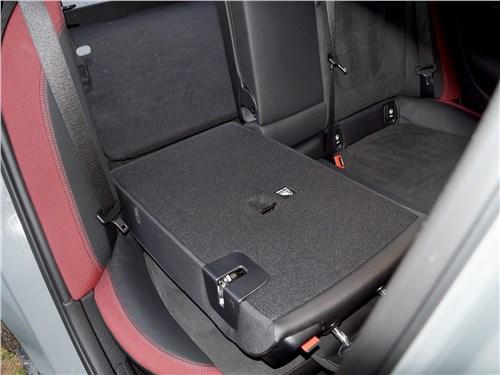 Mini Clubman Cooper S 2016 задний диван