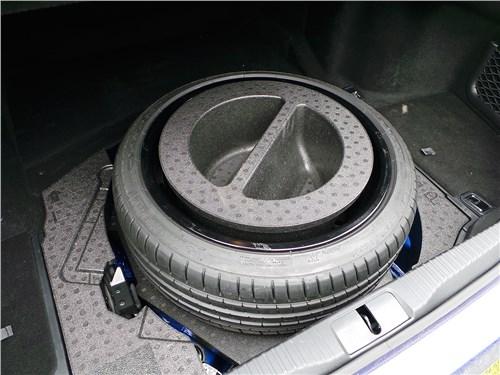 Предпросмотр lexus gs f 2016 багажное отделение