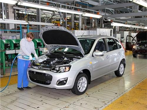 АвтоВАЗ сокращает зарплаты сотрудникам
