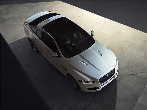 Мечты сбываются (Audi A8,BMW 7 Series,Jaguar XJ,Lexus LS,Mercedes-Benz S-Klasse,Volkswagen Phaeton) XJ - Jaguar XJ 2016 вид сверху