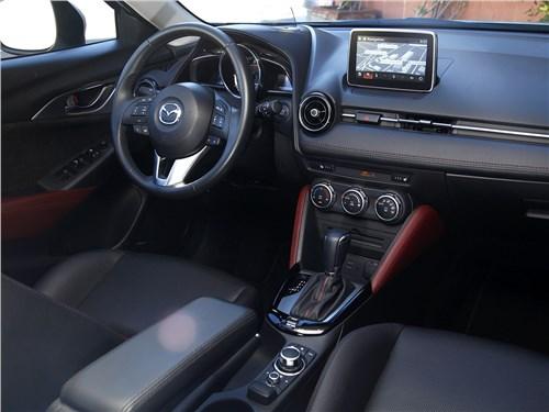Mazda CX-3 2015 салон