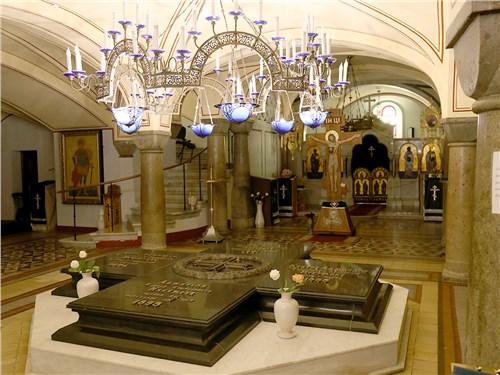 Свято-Владимирский собор – усыпальница адмиралов Лазарева, Корнилова, Истомина и Нахимова