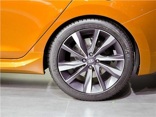 Предпросмотр hyundai verna concept 2016 колесо