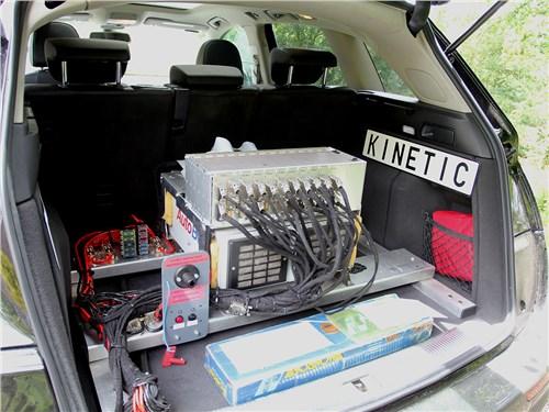 Настраивать подвеску ACOCAR помогает специальная мобильная лаборатория