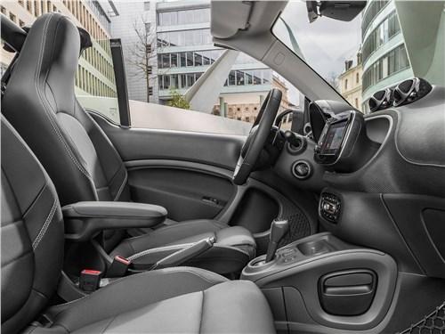 Предпросмотр brabus smart fortwo cabrio 2017 салон