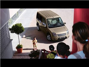 Предпросмотр ford tourneo connect 2008 как семейный минивэн фото 1