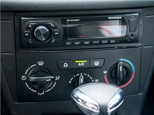 Citroen C4 2004 центральная консоль