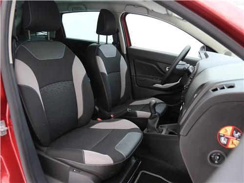 Lada XRay 2015 передние кресла