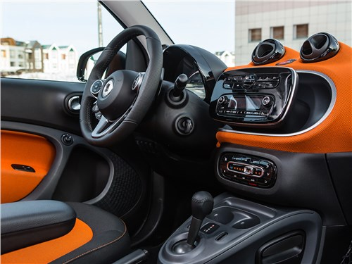 Smart Fortwo 2015 салон
