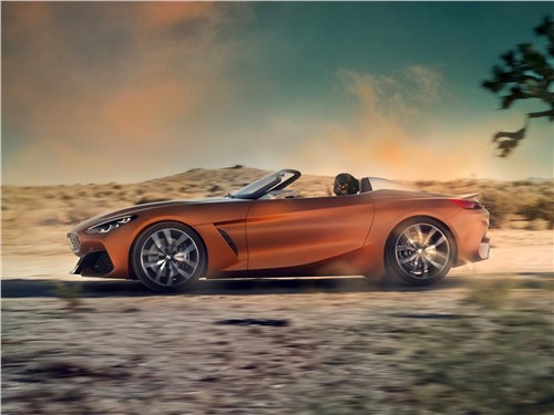 Спутники лета (Обзор российского рынка открытых автомобилей - 2006) Z4 - BMW Z4 Concept 2017 вид сбоку