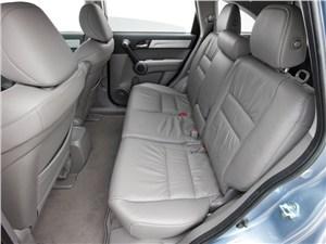 По дорогам и не только (Toyota RAV 4, Honda CR-V, Nissan X-Trail (02- 04 гг.)) CR-V -