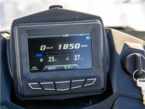 Polaris 800 Switchback XCR 2017 монитор