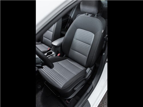Предпросмотр kia cerato 2016 передние кресла