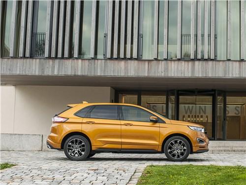Ford Edge 2017 вид сбоку