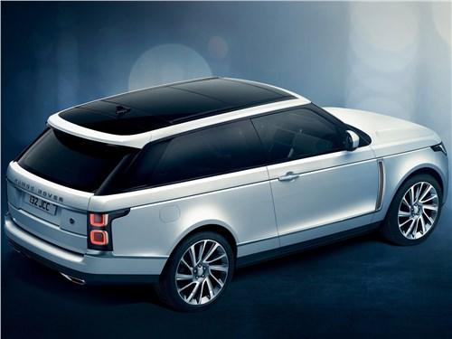 Двое на одного (BMW X1 (2012), Audi Q3 (2012), Range Rover Evogue (2012)) Range Rover - Land Rover Range Rover SV Coupe 2019 вид сзади