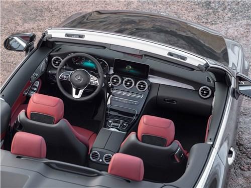 Mercedes-Benz C-Class Cabriolet 2019 вид сверху
