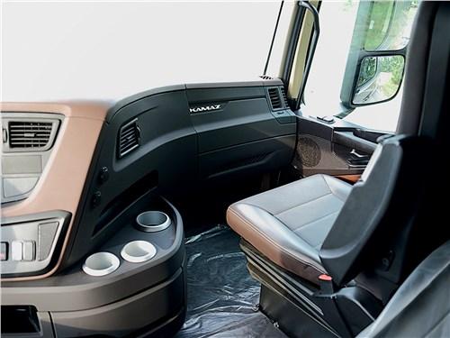 КамАЗ 54901 кресло пассажира