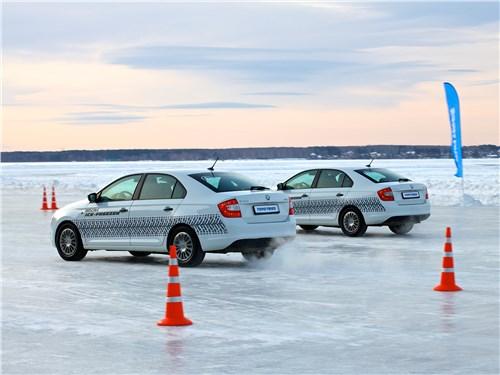 Новинка достойно проявила себя в разгоне и торможении на льду