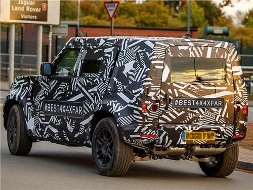 Гибридные Land Rover Defender и Range Rover Velar проходят дорожные тесты