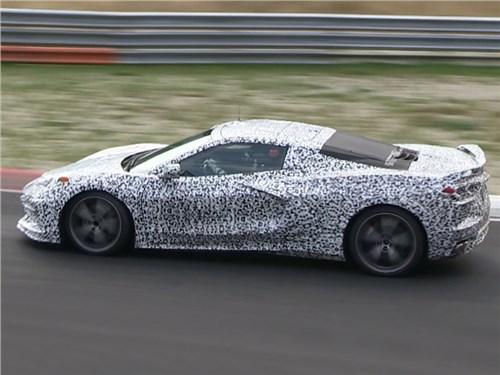 Новость про Chevrolet Corvette - Среднемоторный «Корвет» - появление откладывается