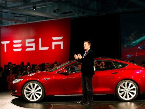 Илон Маск заявил о разработке автомобиля-амфибии