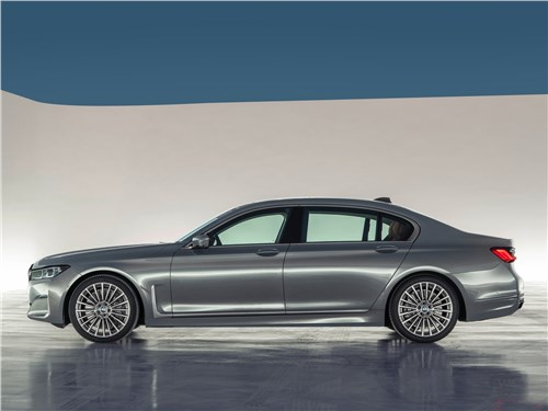 Маленькие тонкости большого теста 7 series - BMW 7-Series 2019 вид сбоку