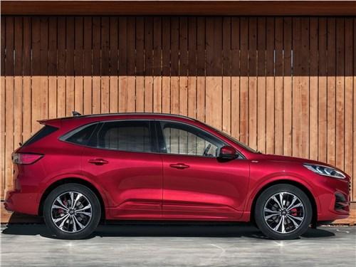 Ford Kuga 2020 вид сбоку