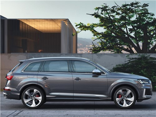 Audi SQ7 TDI 2020 вид сбоку