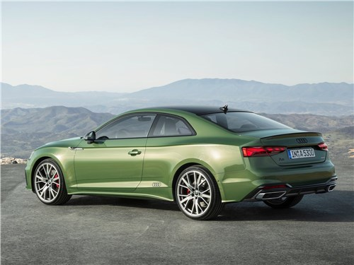 Вызывающий зависимость Audi А5 Coupe A5 - Audi A5 Coupe 2020 вид сбоку