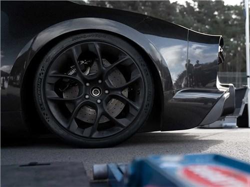 Bugatti Chiron Super Sport 300+ получил «карбоновые» шины