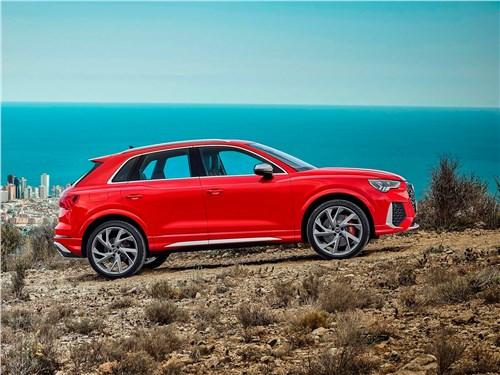 Audi RS Q3 - Audi RS Q3 2020 вид сбоку