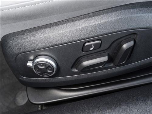 Audi A5 Coupe 2020 передние кресла
