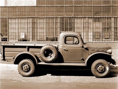 Dodge Power Wagon в свое время считался самым большим пикапом в США