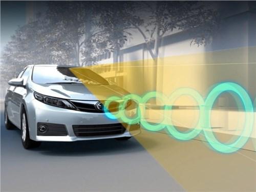 Новость про Toyota - Водители Toyota больше не смогут перепутать газ и тормоз