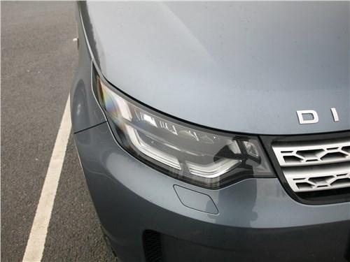 Land Rover Discovery 2017 передняя фара
